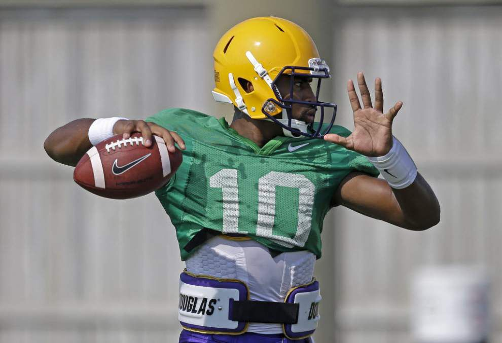 Sources: Quarterback Anthony Jennings to start for LSU against Wisconsin _lowres