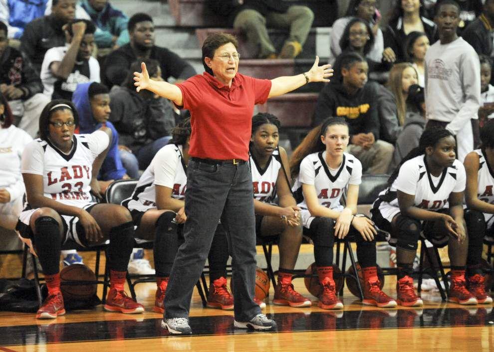 Energetic Northside coach Gayle Montalvo defies her age — 70 _lowres