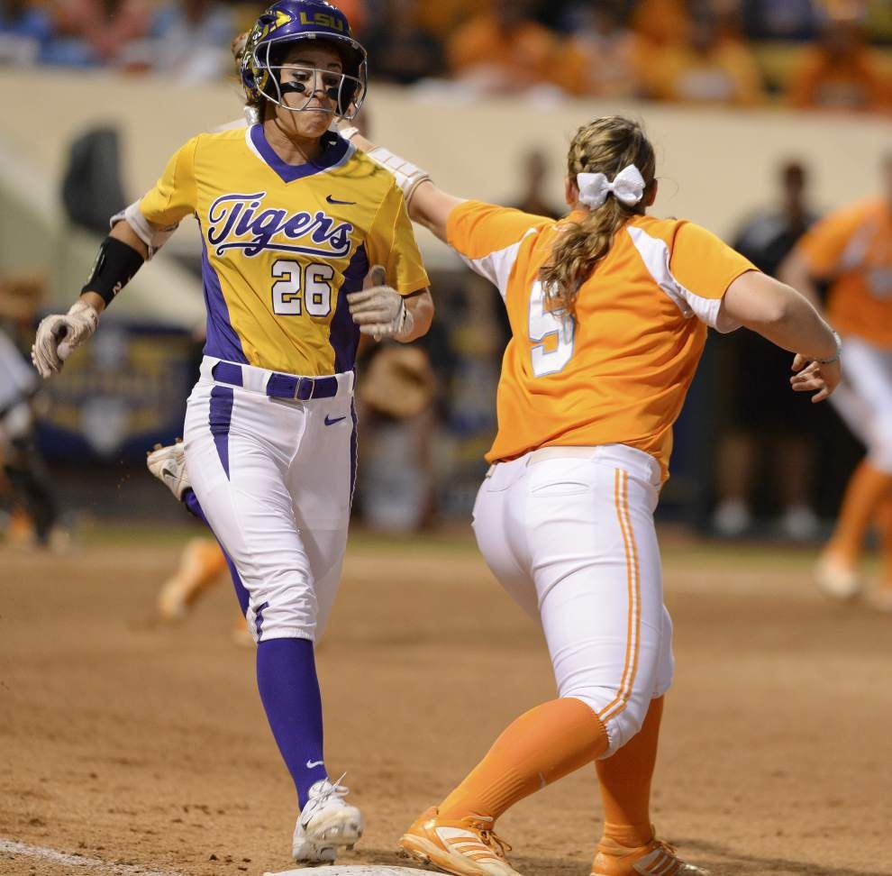 Tennessee surprises LSU softball team, scores 7-5 win to knock Tigers out in SEC quarterfinals _lowres