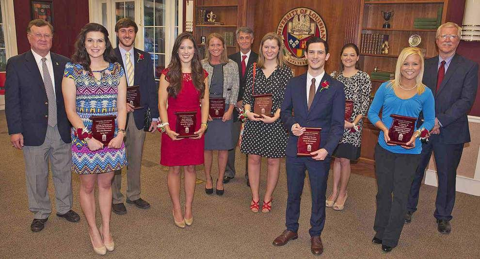 UL-Lafayette honors outstanding grads _lowres