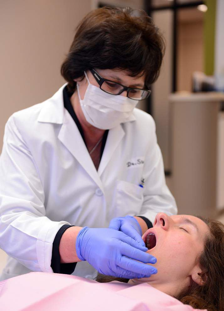 More adults smile at idea of getting braces _lowres