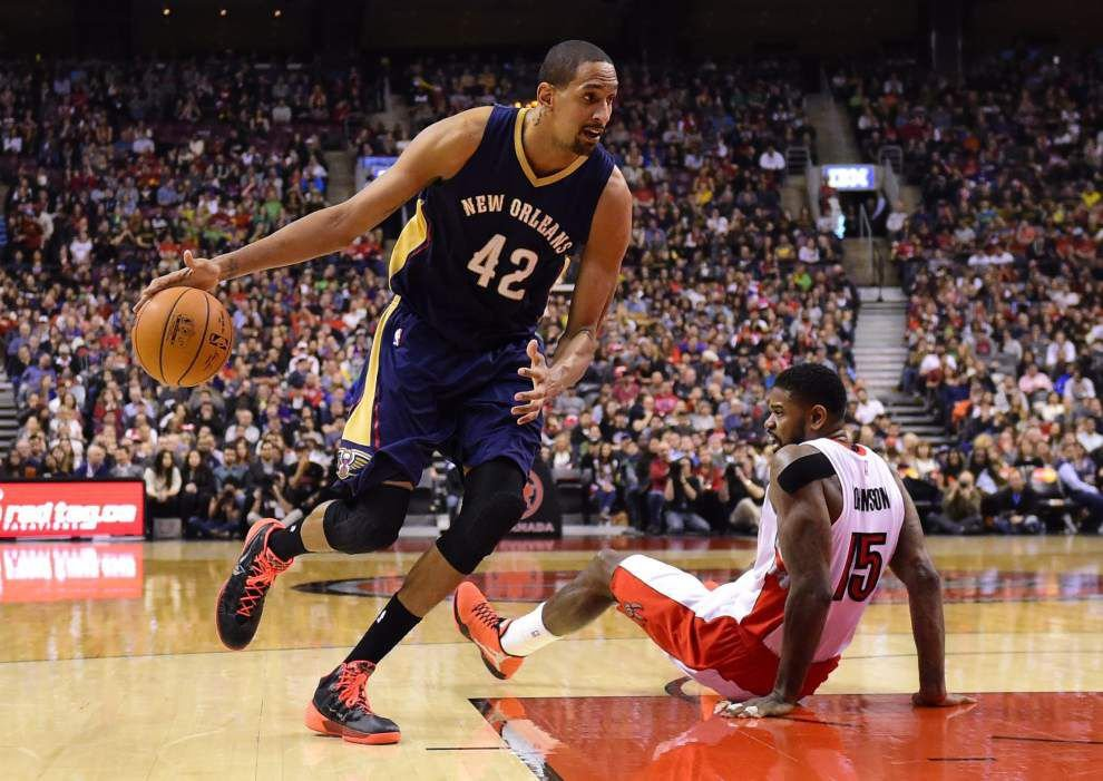 Tyreke Evans' late basket lifts Pelicans past Raptors 95-93 _lowres