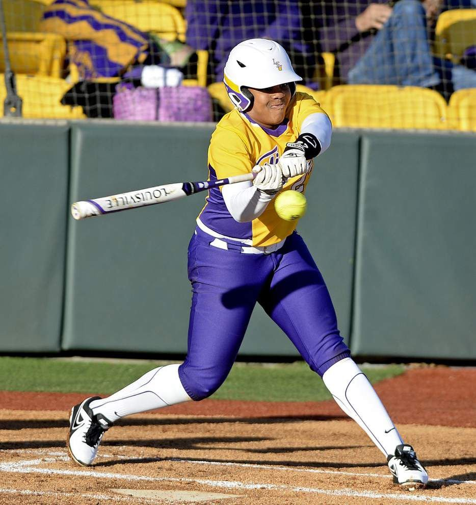 Bianca Bell closing in on LSU's softball home run mark _lowres