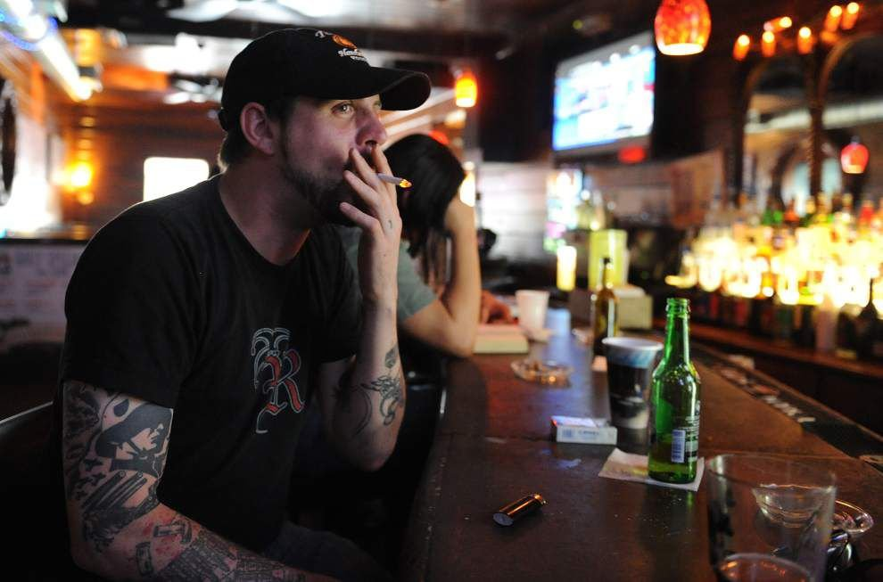 Proposal to ban smoking in some Lafayette bars snuffed out before coming to council vote as advocates push for broader ban on smoking in all bars _lowres