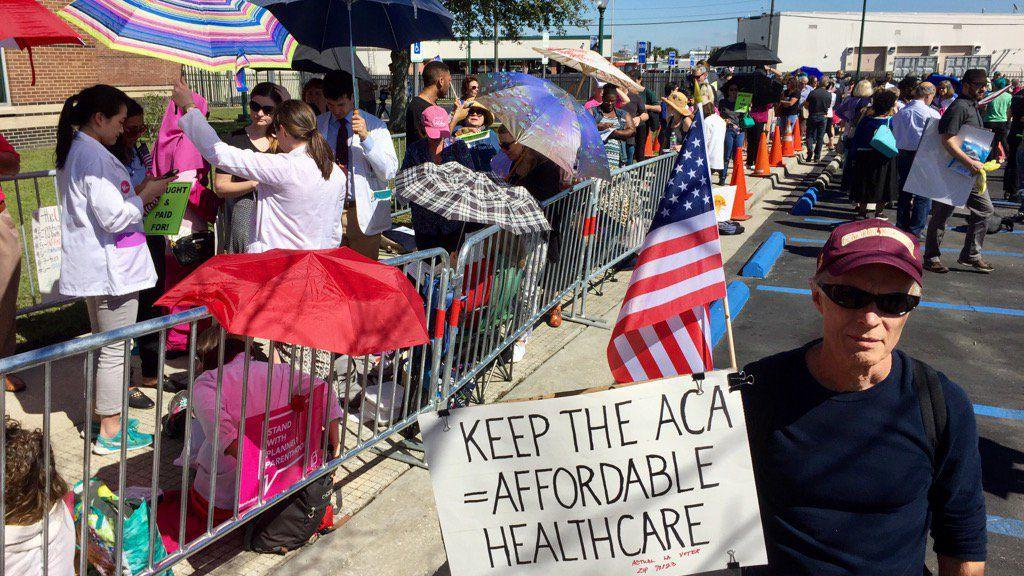 Follow live: Raucous crowd at Bill Cassidy's town hall in Metairie; protesters gather