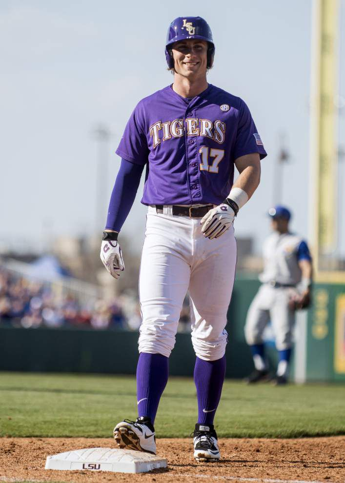 Hard-throwing freshman Alex Lange debuts with a seven strikeout, two-hit outing in LSU's win over Kansas _lowres