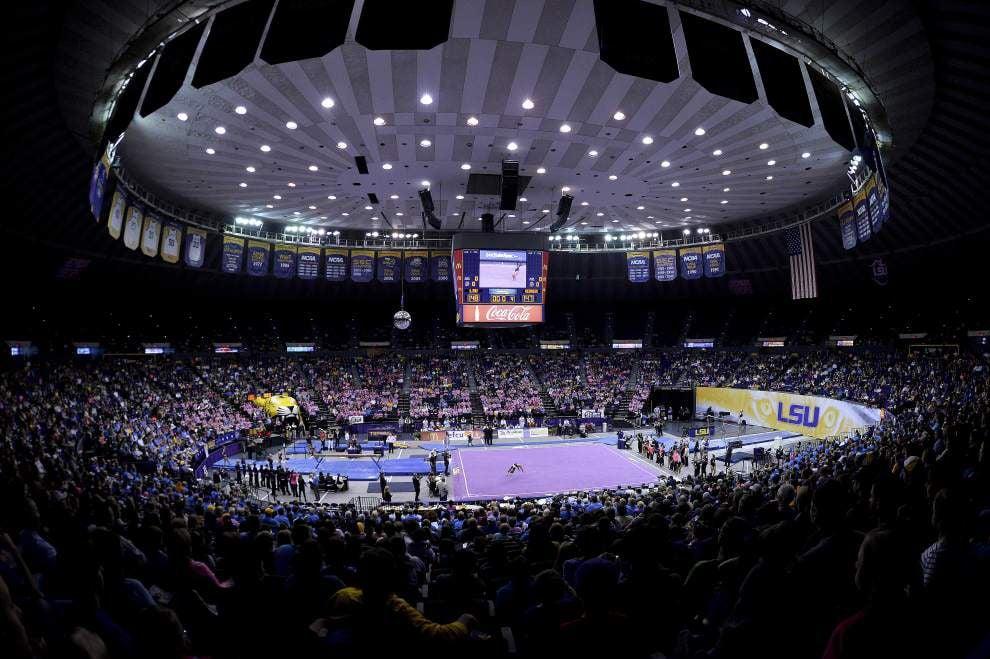 LSU gymnastics team digs deep, blows past Georgia _lowres