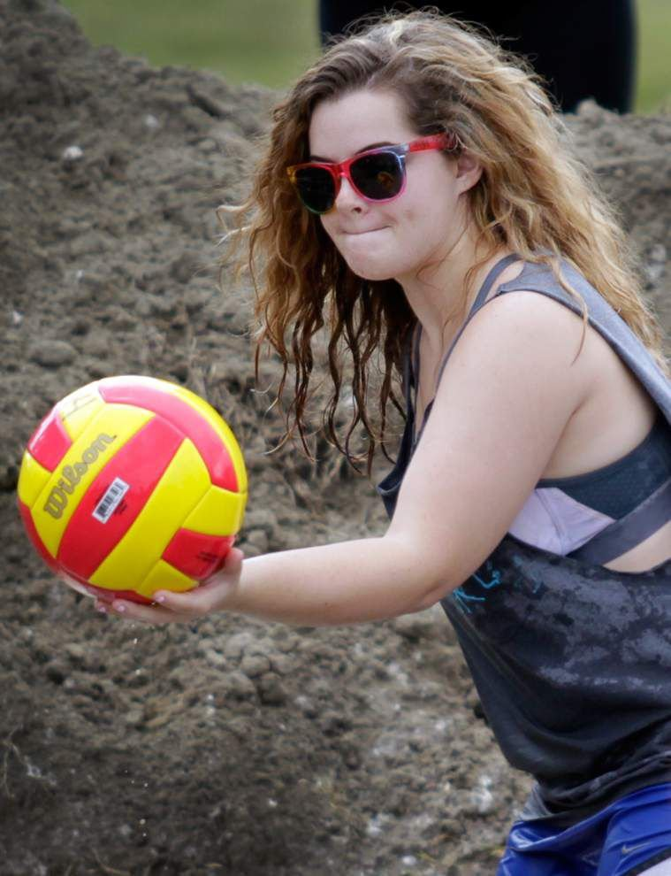 Photos: UNO Swampball _lowres