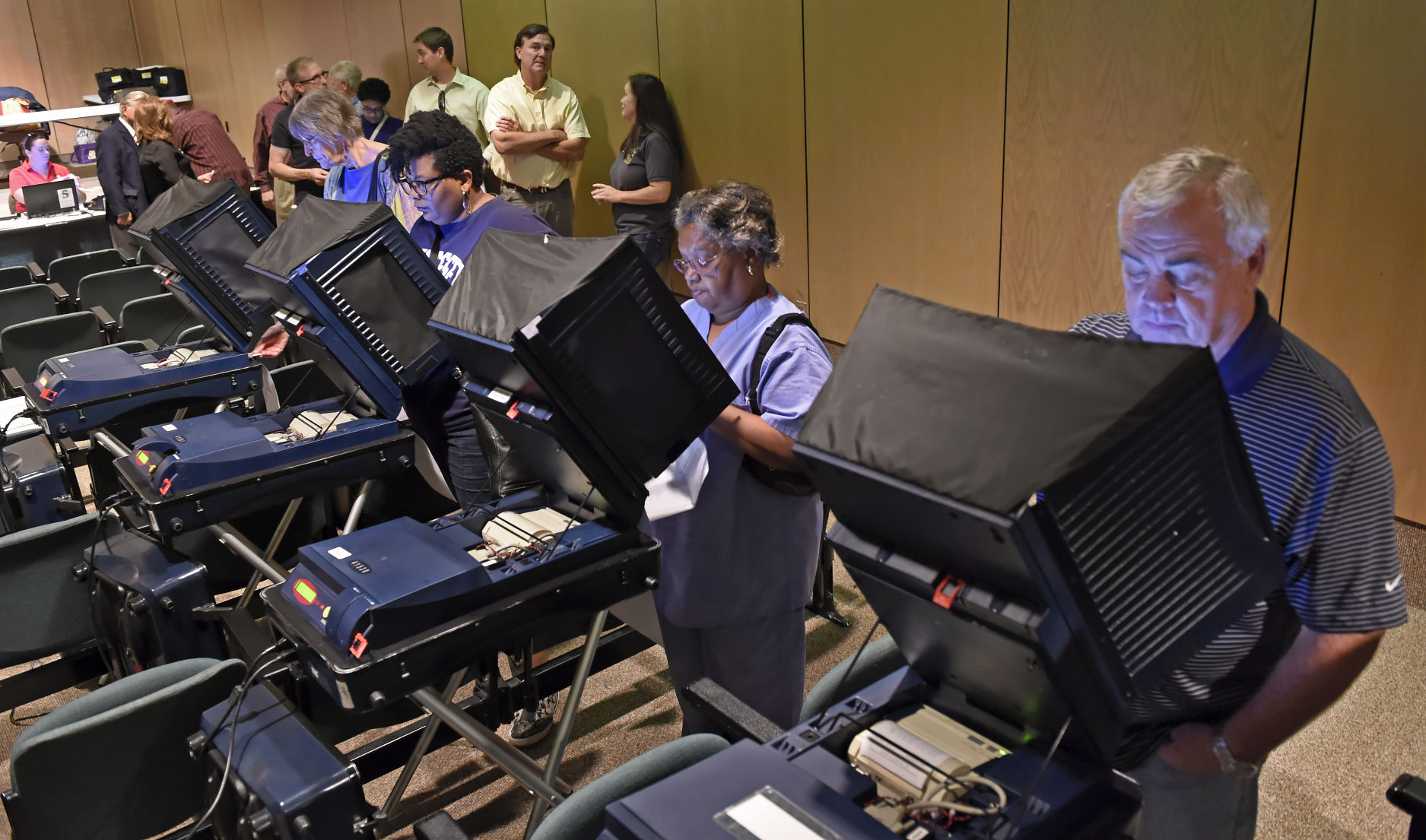 Dozens of Baton Rouge area polling sites relocated after floods ...