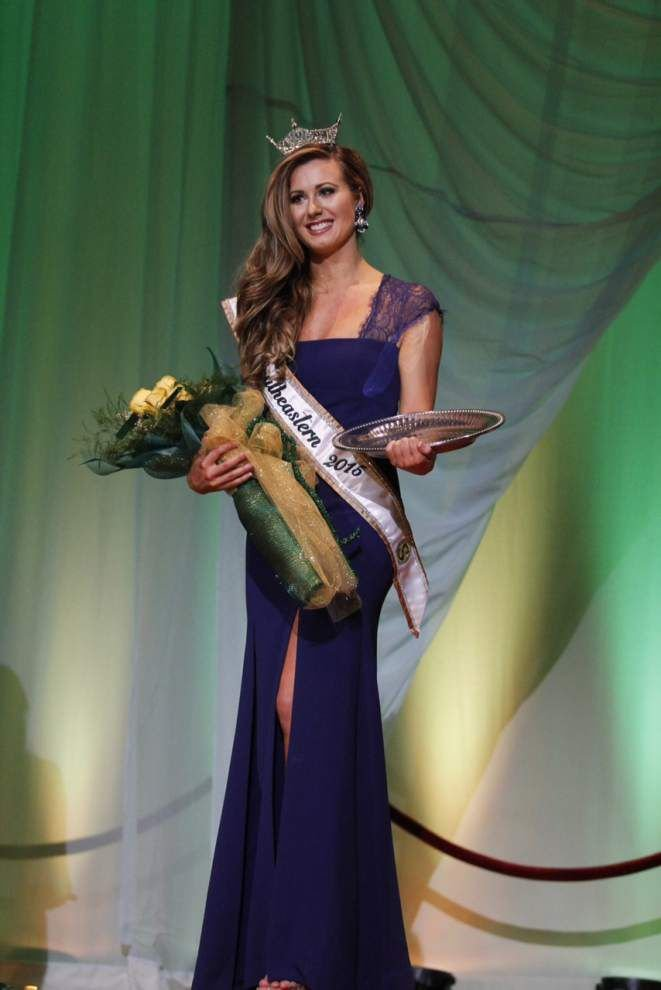 Covington sophomore named Miss SLU 2015 _lowres