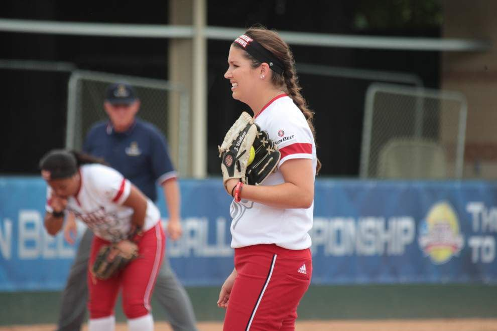 Cajuns softball notebook: Seventh-inning rally came up just short _lowres