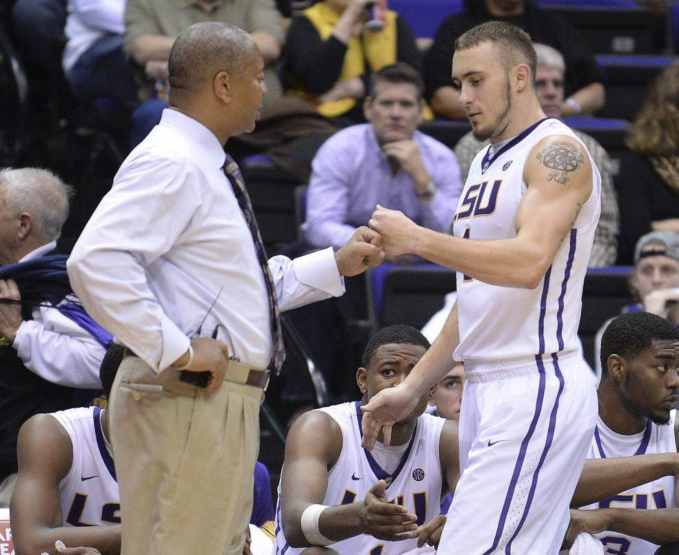 After a slow start, the LSU men surge past Southern Miss 87-67 _lowres