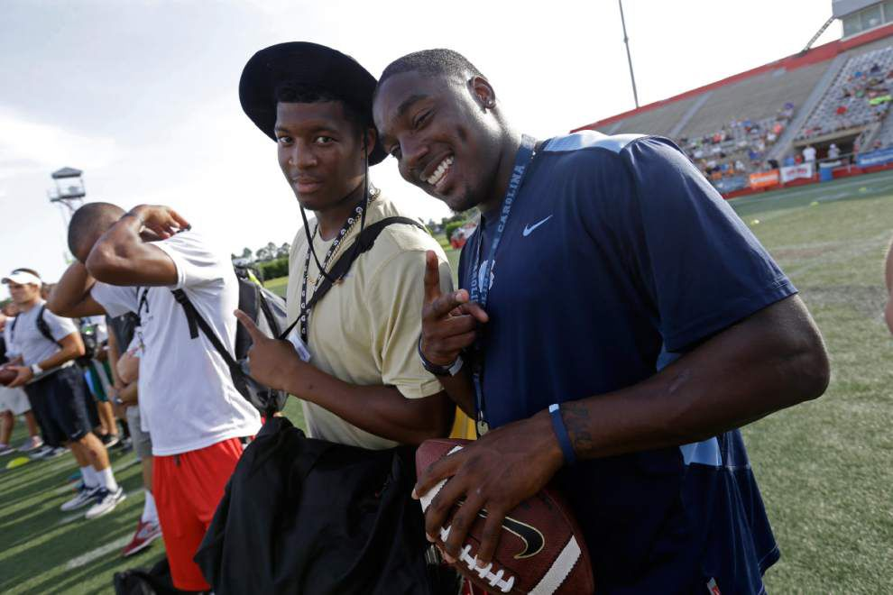 Top quarterbacks among characters at Manning Passing Academy _lowres