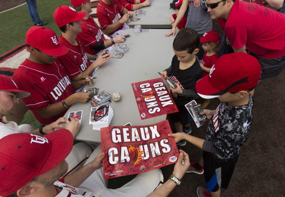 Photos: Univ. Louisiana-Lafayette fan day _lowres