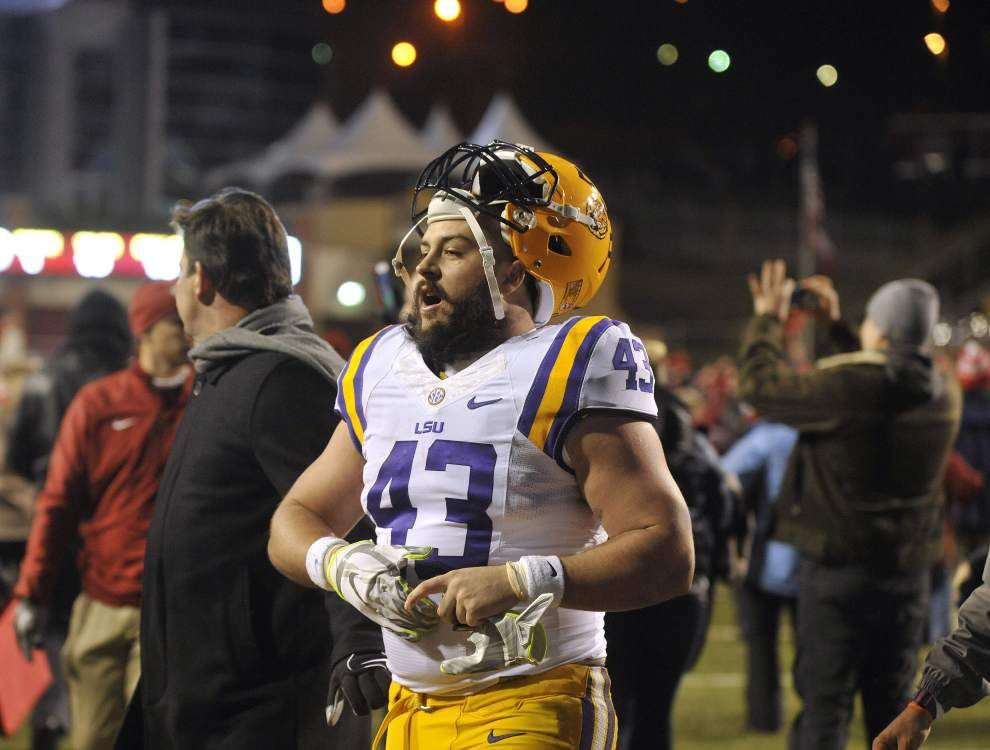 LSU fullback Connor Neighbors accepts Senior Bowl invite _lowres