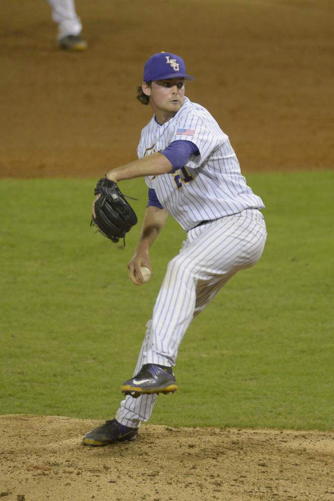 Chris Chinea slams a homer, LSU pitchers one-hit Tulane as top-ranked Tigers cruise to 6-0 win _lowres