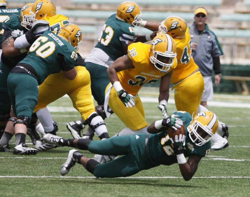Despite setbacks, Southeastern churns ahead toward scrimmage _lowres