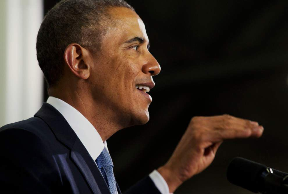 Obama orders new fuel standards for trucks _lowres
