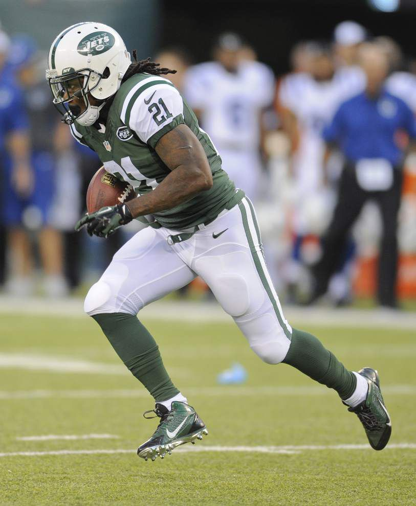 Michael Vick leads Jets to TD drive in 13-10 win _lowres