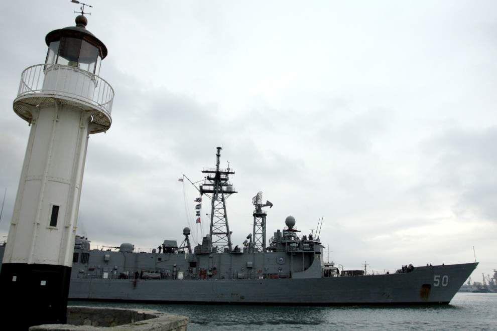U.S. warship deployed near Sochi runs aground _lowres