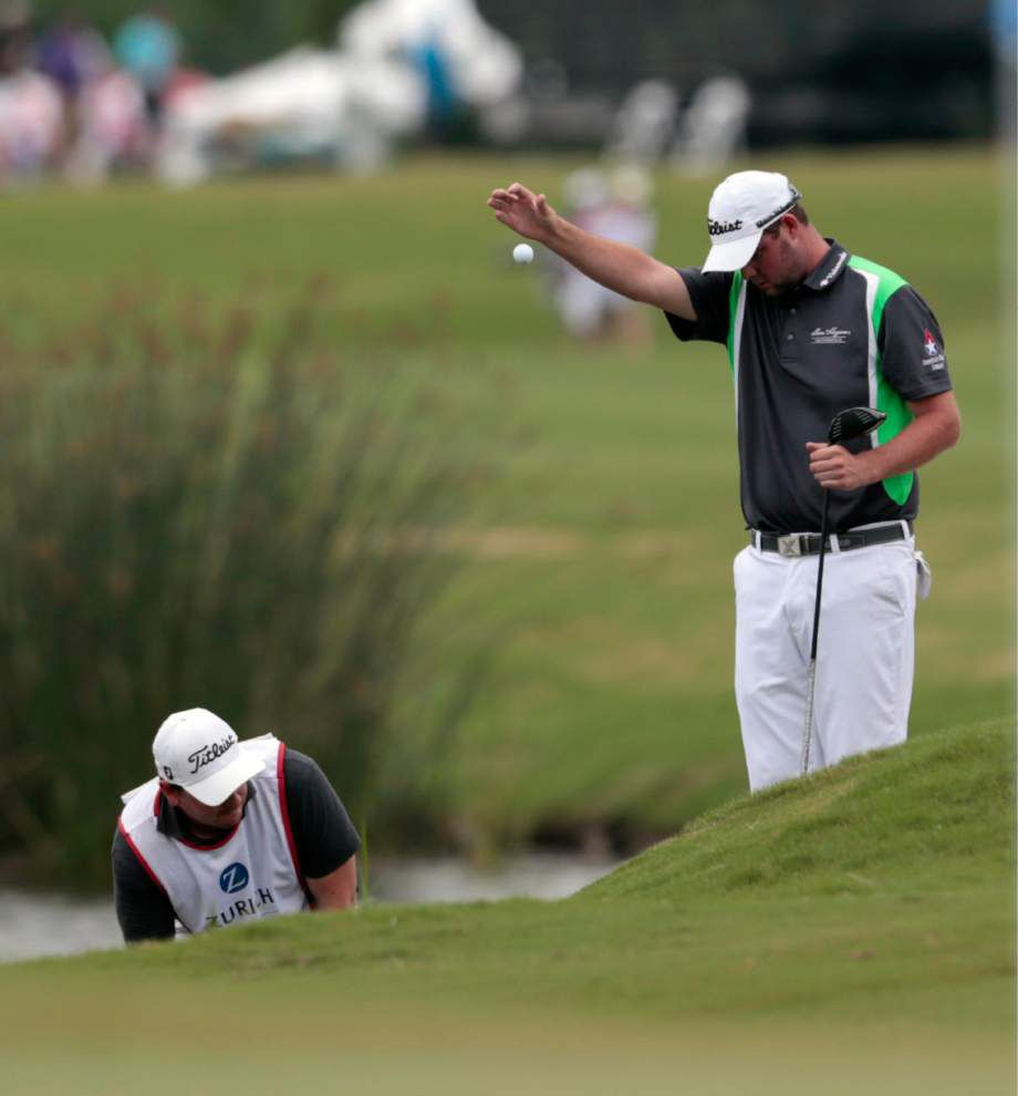 Jerry Kelly one shot back as rain suspends play at Zurich Classic _lowres