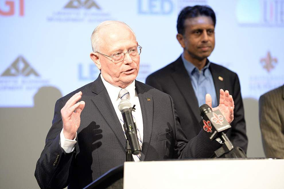 Jindal: State to honor $4.5 million pledge to UL-Lafayette's computing and informatics school _lowres