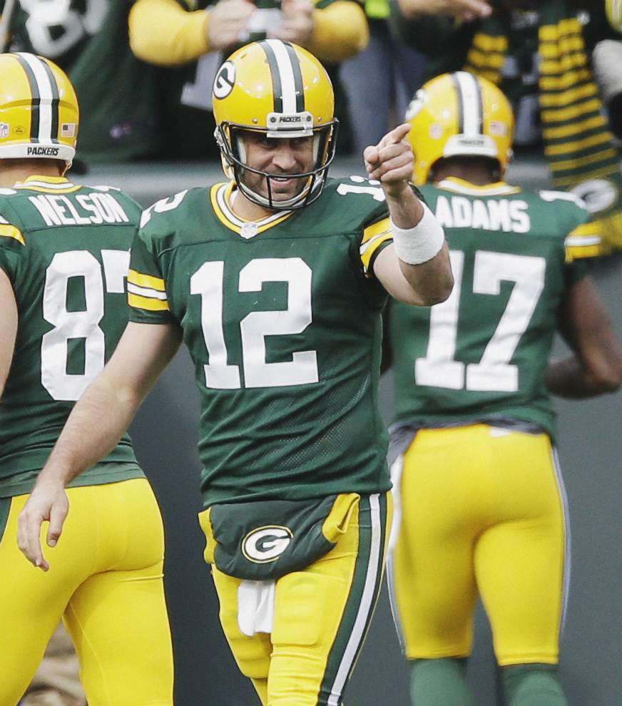 Does playing a high-quality QB like Aaron Rodgers affect Drew Brees' play? _lowres