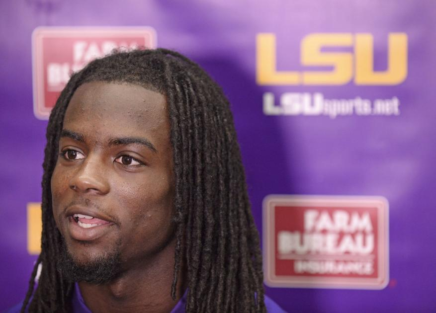 LSU speedster Donte Jackson giving two-sport spring another try