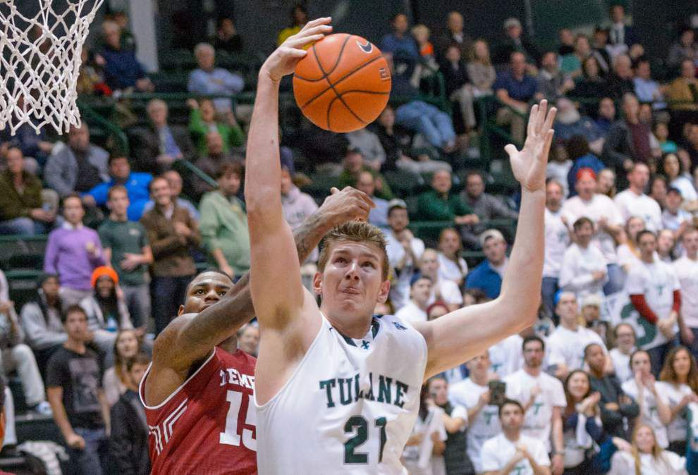 Temple fights off Tulane men 64-56 _lowres