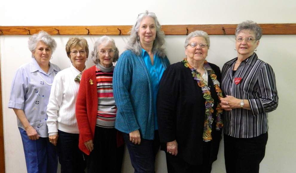 Volunteer group elects new officers for 2015 _lowres
