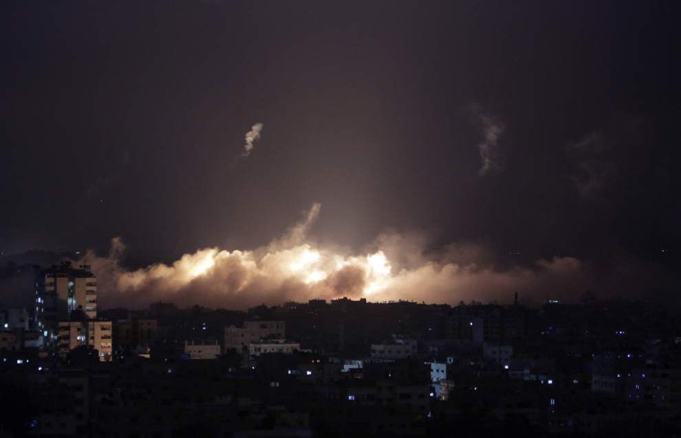 Israeli PM warns of prolonged campaign in the Gaza Strip _lowres