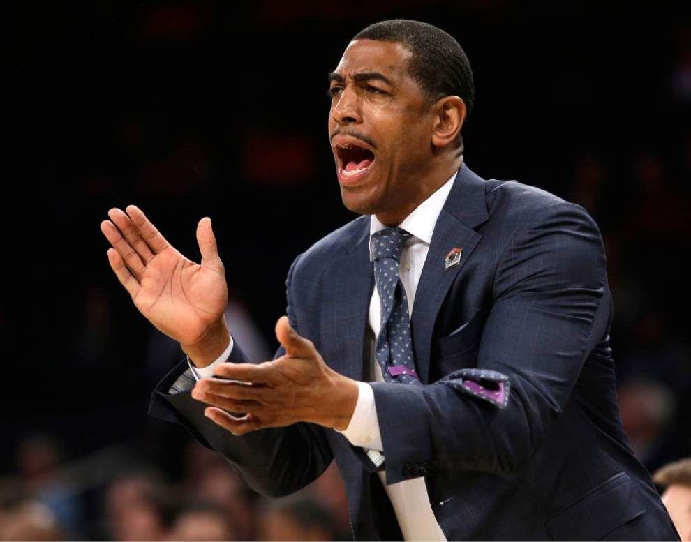 UConn basketball teams to play at Tulane next season _lowres