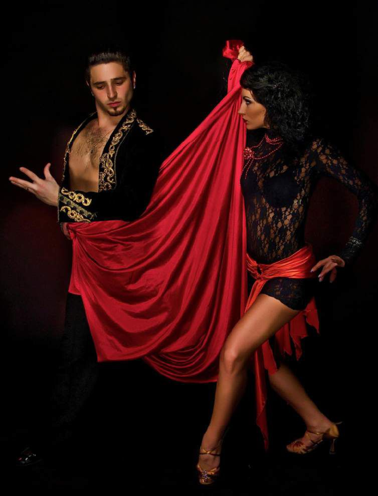 Olé! Full flamenco troupe will dance, sing, play at the Manship _lowres