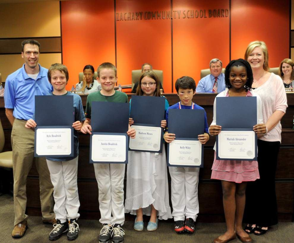 Students honored for Olympiad participation _lowres