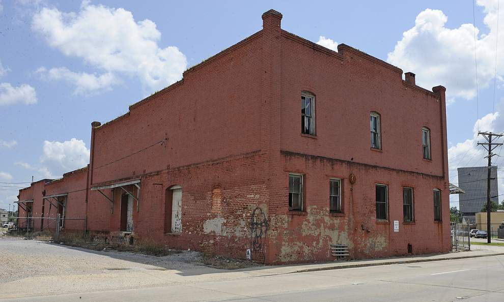 Demolition of Coburn's Building put on hold _lowres