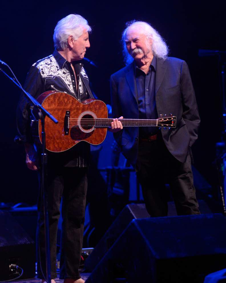 CSN concert mixes nostalgia with new numbers _lowres