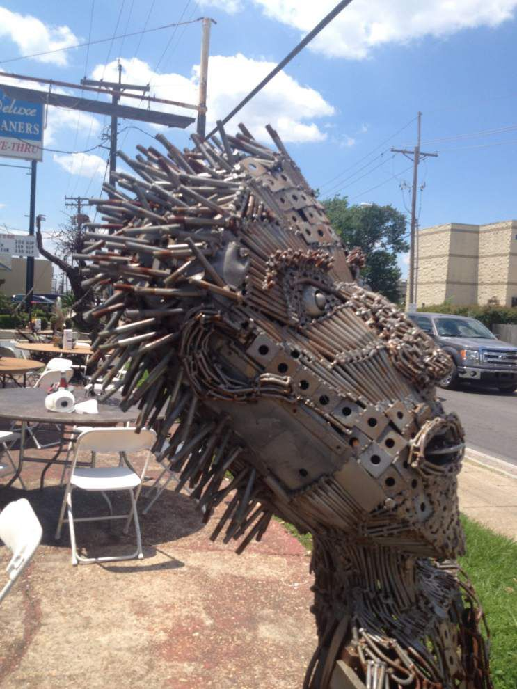 Green artist finds the story in pieces of scrap metal _lowres