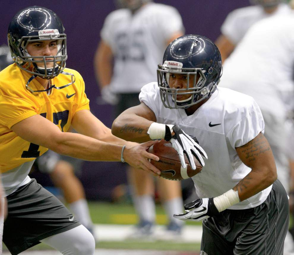Nevada notebook: Wolf Pack offense still hot as its pistol _lowres