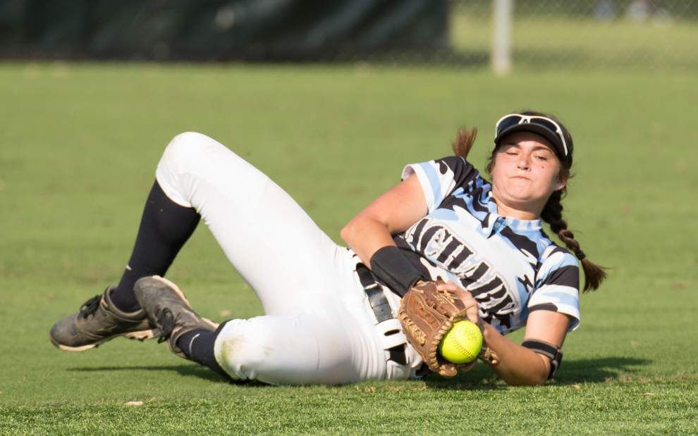 Claire Weinberger's RBI single gives East Ascension softball win over Zachary in 10 innings _lowres