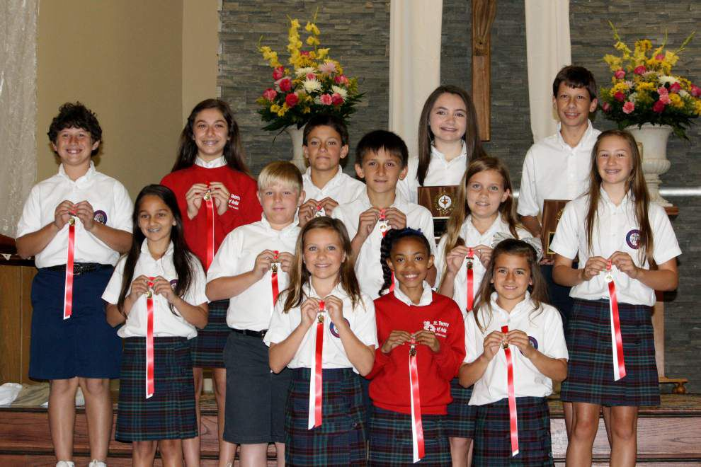 St. Theresa awards outstanding students _lowres