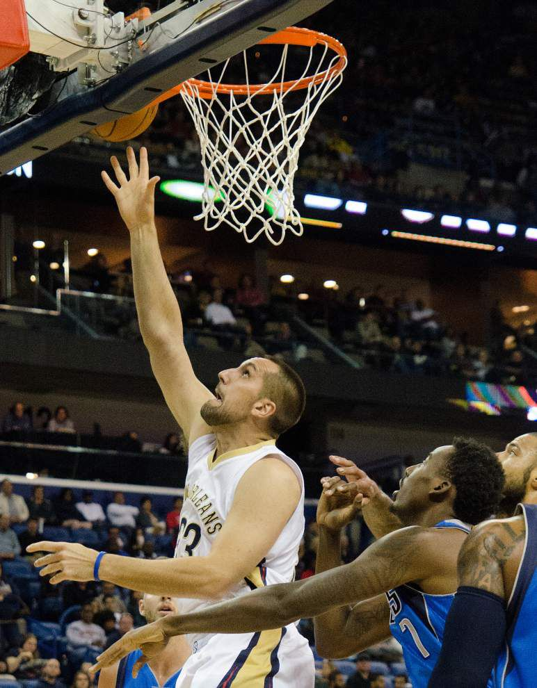 Lewis: Pelicans fall short on first shot to make a statement, but more chances loom _lowres