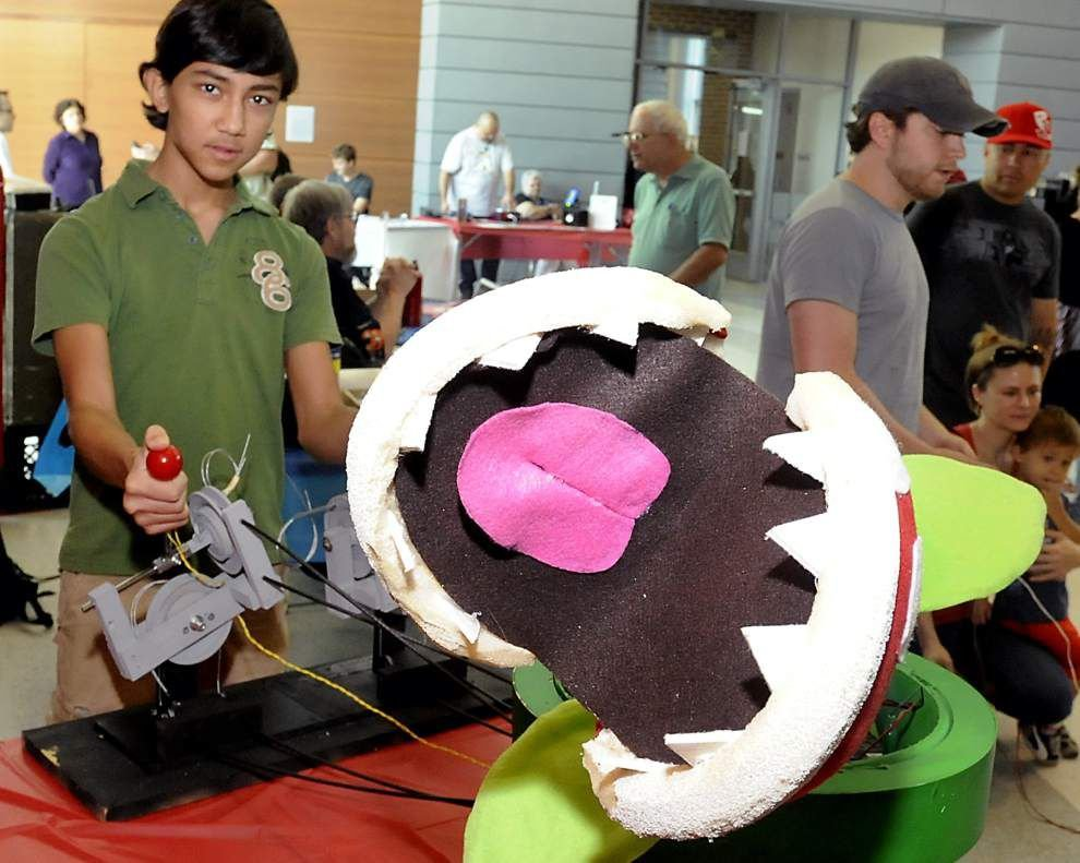 'Mini Maker Faire' proves a blast for EBR library visitors _lowres