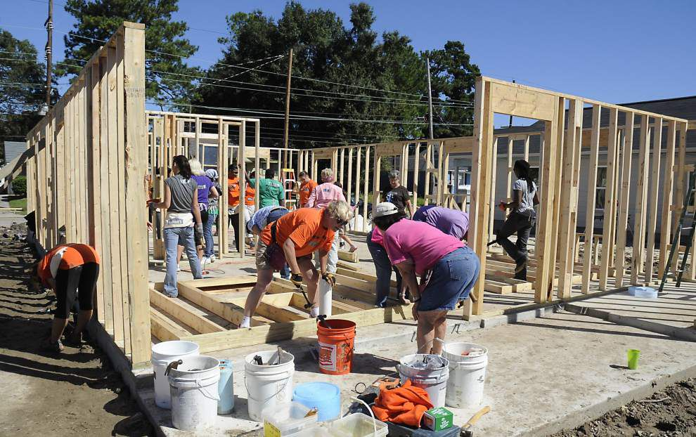 Women Build works to provide Baton Rouge woman her first home _lowres
