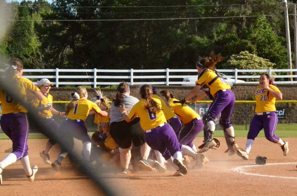 LSU Eunice rallies past Jones County to win national title _lowres