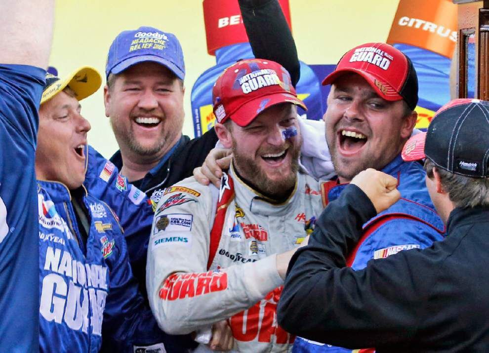 Dale Earnhardt Jr. gets fourth victory of the season _lowres