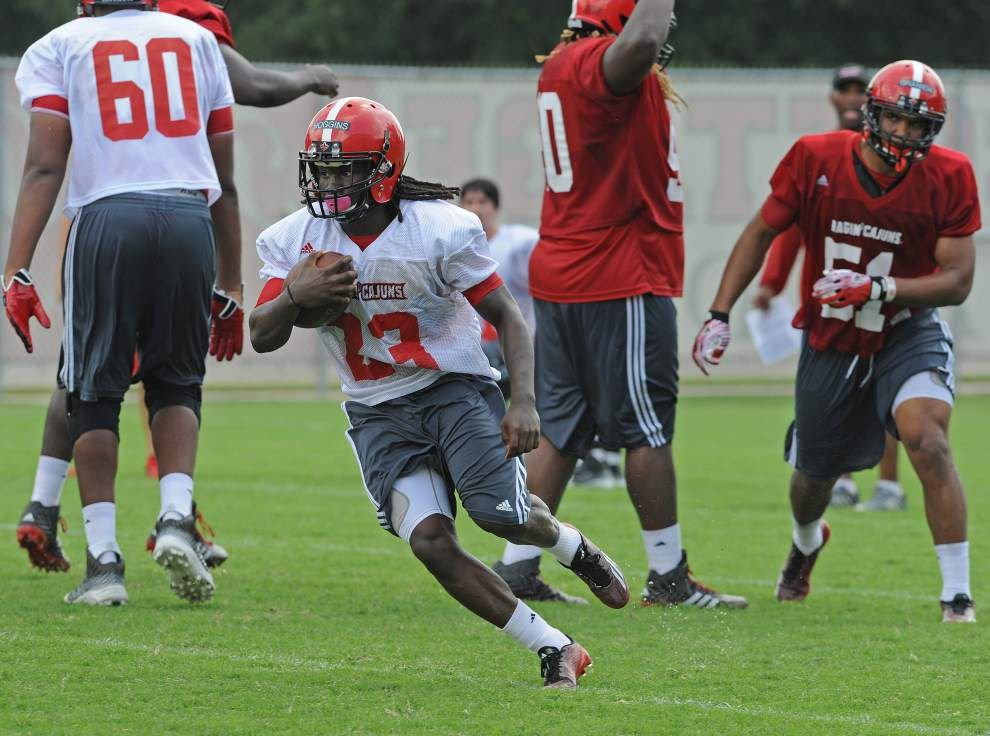 Camp report: Cajuns start to zero in on scrimmage _lowres
