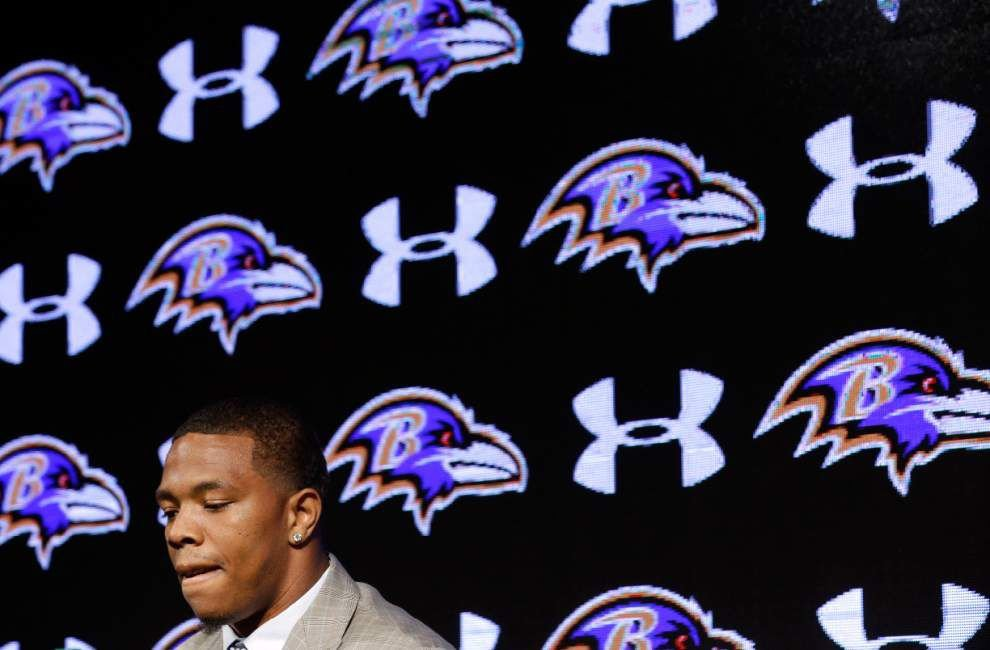 Ray Rice apologizes, says he 'failed miserably' _lowres