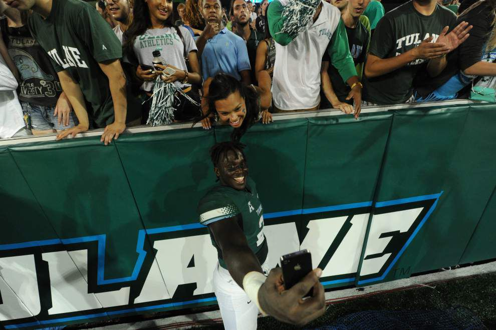 Fans now part of the equation for Green Wave _lowres