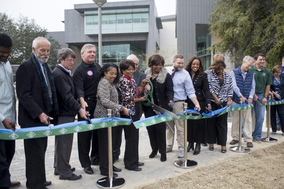 BR leaders showcase new features at Independence Park, library _lowres