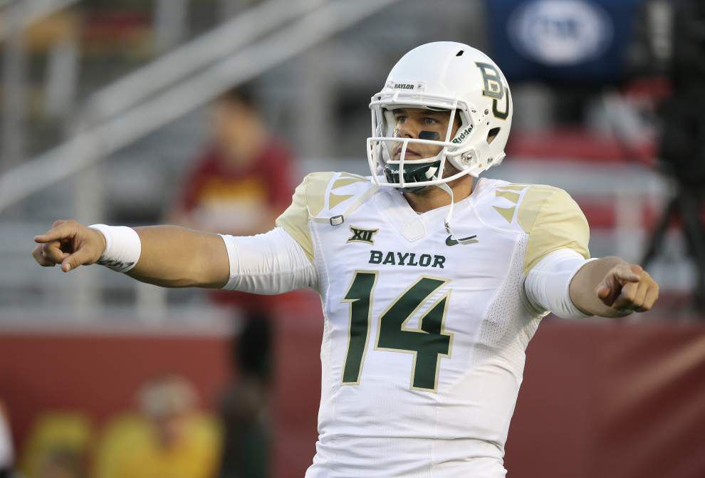 Bryce Petty leads No. 8 Baylor to 49-28 win over Iowa State _lowres